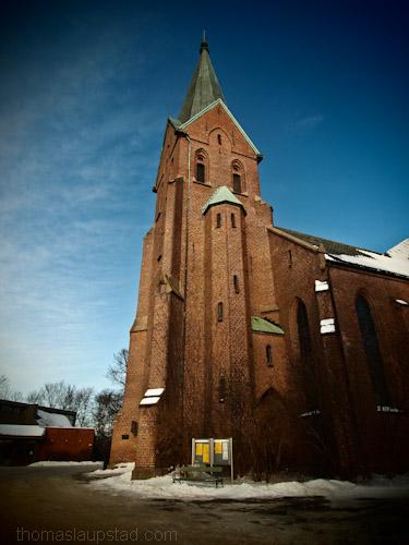 Bilder av Vestre Aker kirke på St. Hanshaugen i Oslo